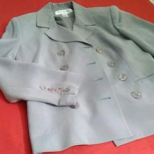 EUC Jones New York Grey Silk Jacket Size 4P Petite